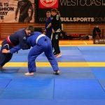 Klincz na zawodach brazylijskiego jiu-jitsu